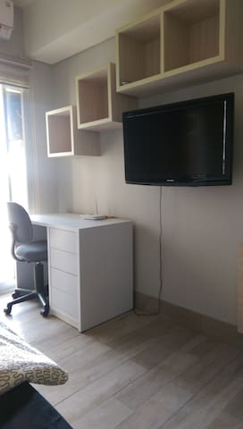 TV & Working Space