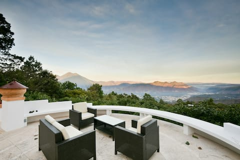 WOW!  Villa Jaguar (Papa)Avo boerderij/heuvels van Antigua