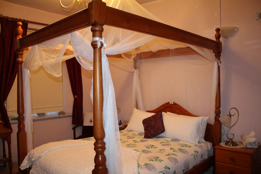 Queen Size Four Poster Bed in Second Main Bedroom