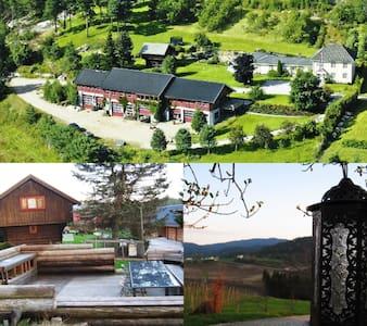Stor  leilighet på gård i nærheten av Bø sentrum