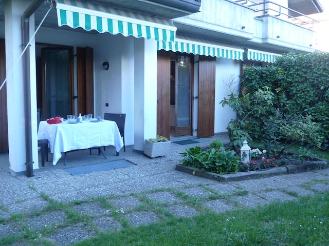 Casa con giardino Cantù - Cantù - Huis