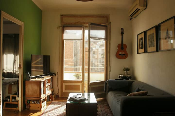 Luminous double room in BCN!