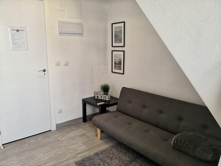 Bonito Duplex con terraza(sin cocina) - WIFI (F6)