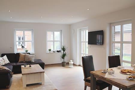 Albatros 02 - modernes Apartment - Krummhörn - Leilighet