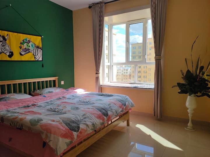 《敕勒川》民宿市中心虎山2居日式风格网红装饰可聚会可加沙发床