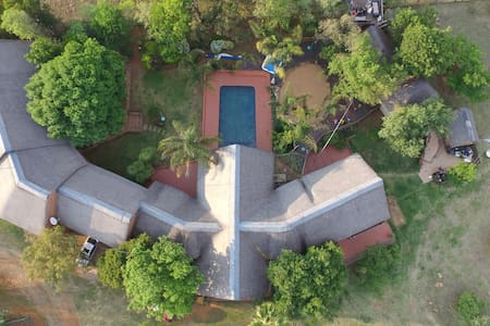 Beautiful country  Lodge in Muldersdrift - Villa