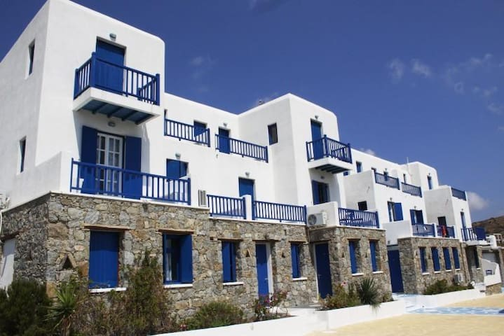 Family Sea View - Mikonos - Bed & Breakfast