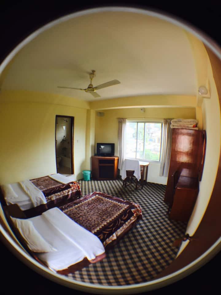 New Solitary Inn (B)