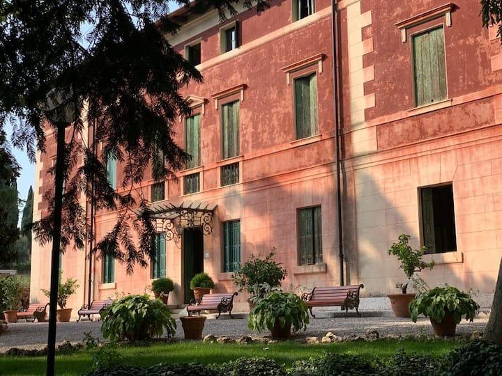 Villa dei Cipressi Wine Resort-  C.R. M0230830026