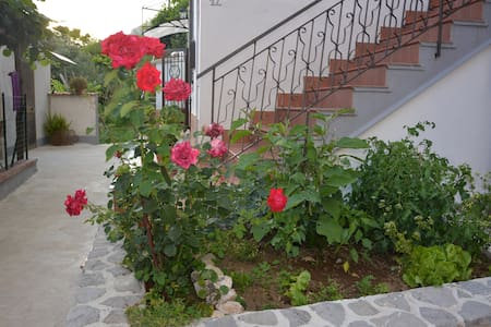 Casa panoramica in costiera amalfitana - Tramonti