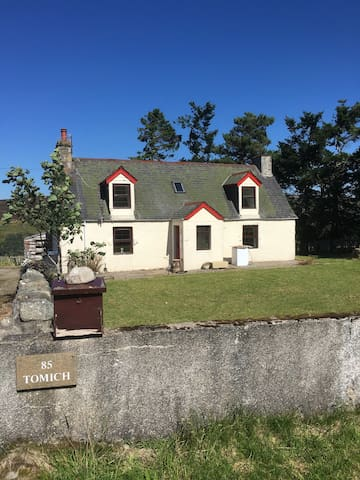 85 Tomich Lairg - Highland - House