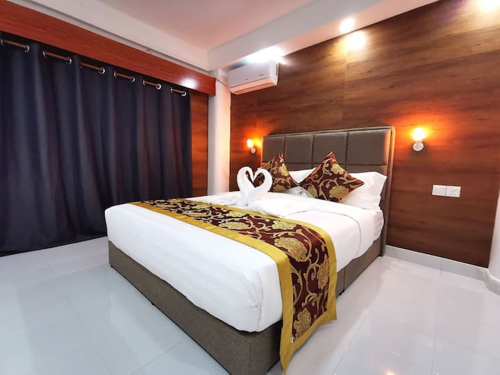 Sweet Home with hotel facilities