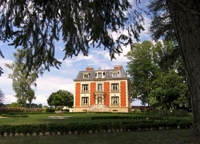 Chateau de La Chaix