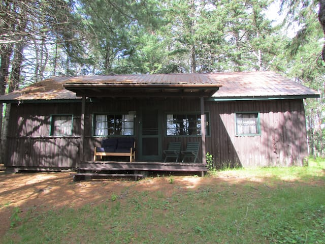 Doctors Island cottages  The Joe DiMaggio Cottage
