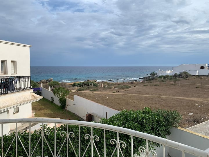 Airbetter - Beachfront 2 bedroom apartment in Kelibia