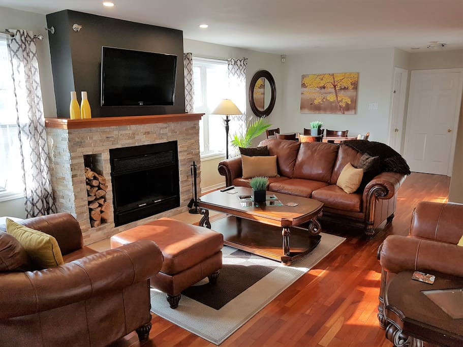 4 minute walk to vibrant spring garden rd condominiums for Garden rooms halifax
