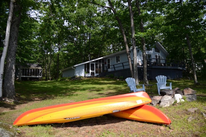 Kawartha's - Methuen Lake Cottage - Havelock - Ξυλόσπιτο