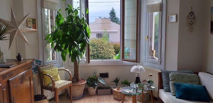 Jolie maison calme avec jardin