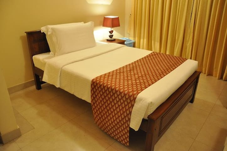 Sri Lanka Familystay Upstairs Single Room- Olu