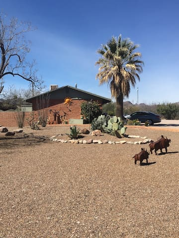 Adobe Flats Is located in the heart of Tubac