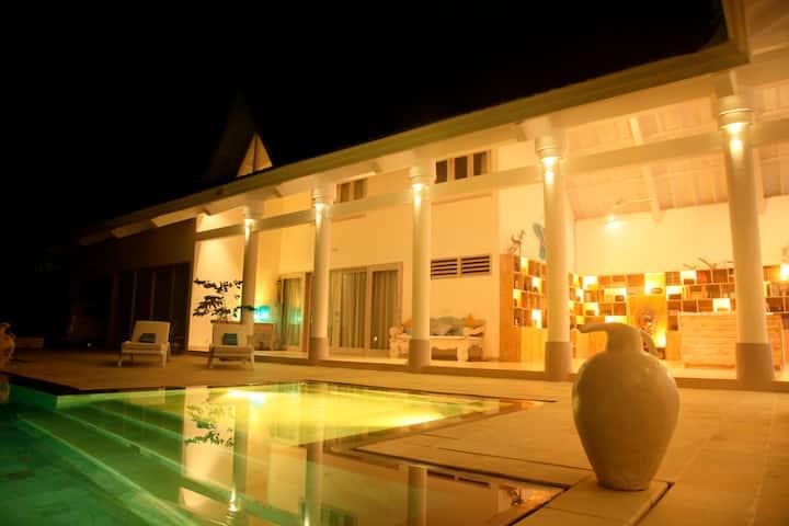Family Villa 5br Sanur Beach 5mn To Main Street Villas For Rent In Sanur Bali Indonesia