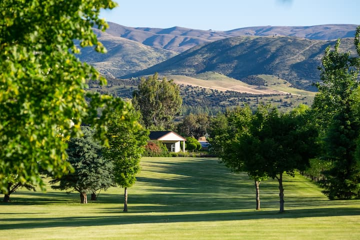 Wanaka Country Lodge