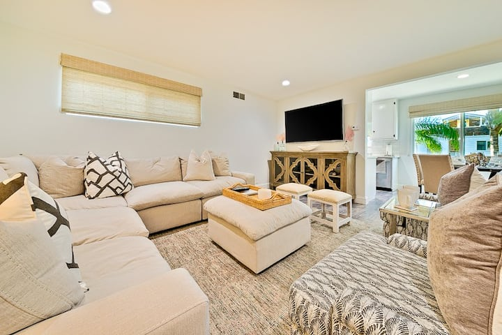 20% OFF APR! Beach Home on Balboa Island, Perfect Location & Activities