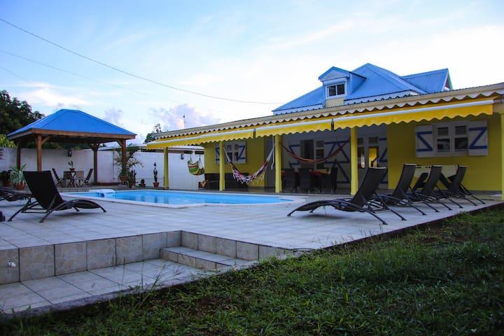 VILLA Amandiers avec piscine