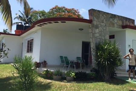 Casa en Playa Santa Maria, Megano - Ház