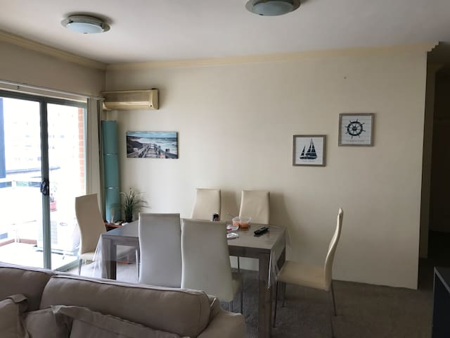 Private room in the heart of Sydney, pyrmont