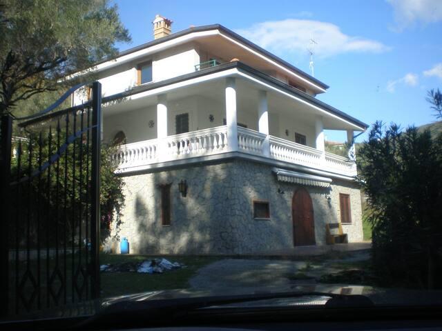 Palinuro, appartamento in Villa