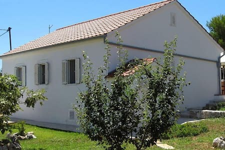 Two bedroom house with terrace and sea view Veli Rat, Dugi otok (K-8096) - Veli Rat