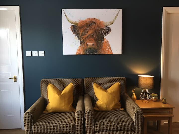 Cosy!  2 bed self-catering for 4 Central Aviemore