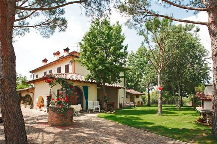 Tuscany, country, B&B - Tasso - Bed & Breakfast