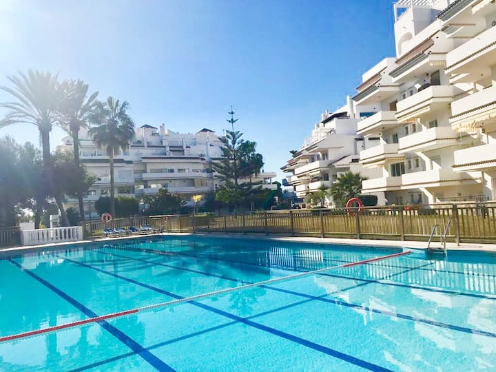 Fantastic apartment with seaview, terrace and pool