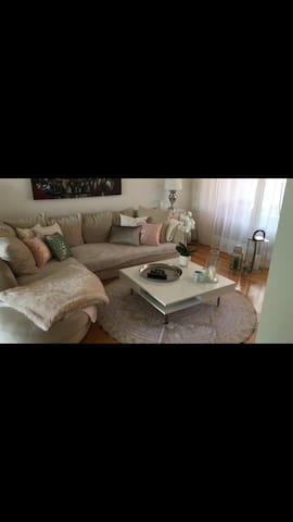 Beautyfull high end apartment close to the city