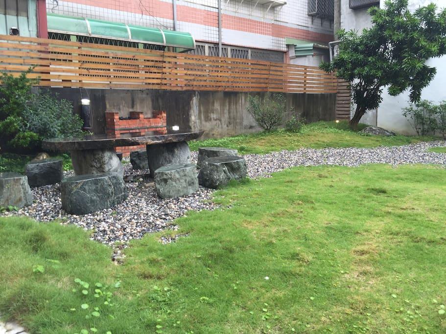 戶外庭園適合聚會、休閒
