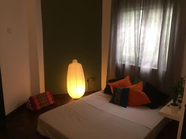 Wonderful room with private garden - กัวลาลัมเปอร์ - วิลล่า