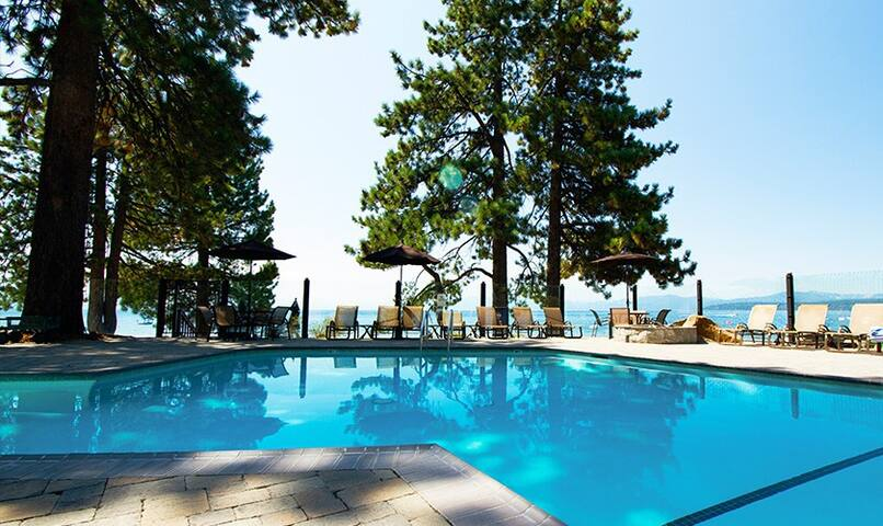 Red Wolf Lakeside Lodge - Tahoe Vista - Appartamento
