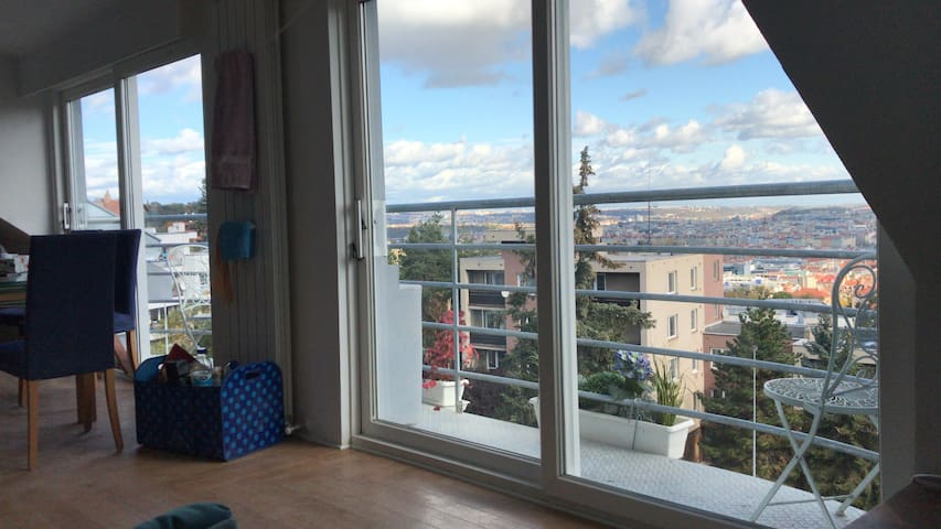 Fantastic views over PRAGUE, new 2 bed apartment