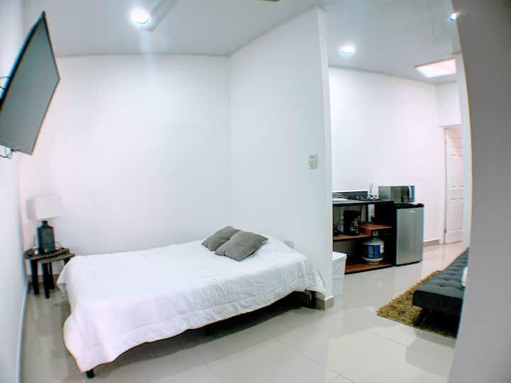 Loft en San Pedro, WIFI gratis + Lavadora/secadora