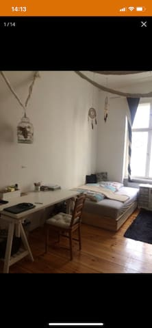 Cosy warm room in Charlottenburg for you :)