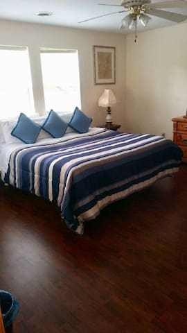 Extra Large Bedroom with walk-in closet and King Size Bed