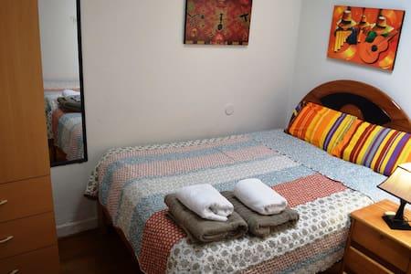 Double Bed - Carlos House Cusco - House
