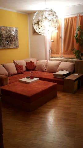 cosy flat, mit Blick ins Grüne - München