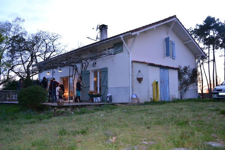 Petit baque - Saint-Yaguen - Vila