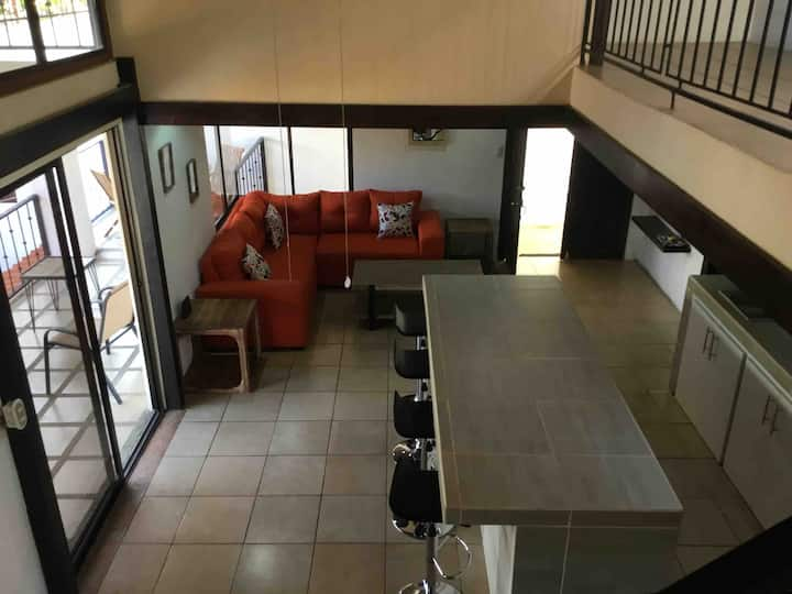 Villa Lys, Brand New House Alajuela, Near Airport