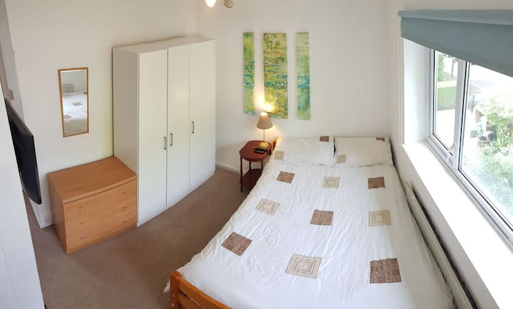 Double Room in Cheltenham