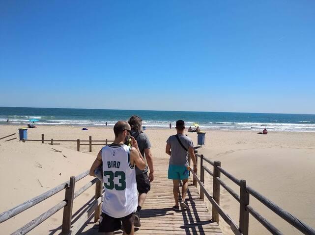solo a 5 minutos a pie de playa