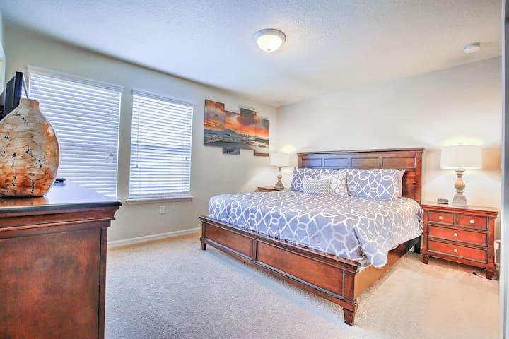 king of master suite in Resort Villa 1187-6